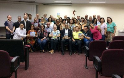 Cadernos de ensino religioso são lançados oficialmente em evento na Universidade Metodista