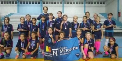 Colégio Americano promove amistosos de Futsal feminino e masculino