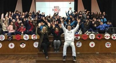 Projeto Red Nose Day mobiliza turmas do 7º ano para arrecadação de alimentos