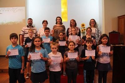 Representantes e vice-representantes das turmas recebem certificados em cerimônia