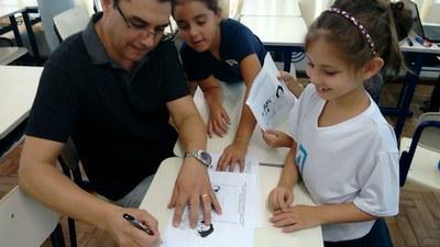 2°s anos aprendem sobre nossas diferenças e beleza na temática de Ensino Religioso