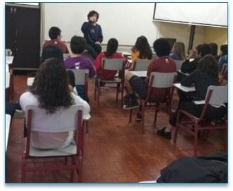Aluno do Ensino Médio participa de aulão do ENEM em São Paulo