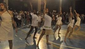 Raízes de Bertioga são representadas na festividade que reuniu toda comunidade do Colégio. Veja como foi