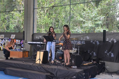 Festival Cultural reúne famílias e revela talentos