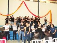 """""""Semente da Ressurreição e Vida"""" foi tema de celebração com estudantes"""