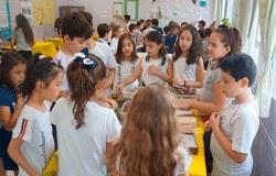 2ª Mostra de Conhecimento reúne alunos, pais e comunidade escolar para a apresentação de trabalhos