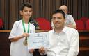 Aluno do 6º ano recebe Medalha Prudente de Moraes