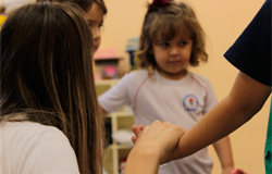 Aulas de ensino religioso estimulam valores e práticas para a cidadania