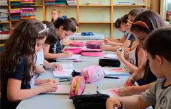 Estudantes iniciam as aulas em datas distintas a partir de segunda-feira, 29
