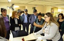 Funcionários e estagiários do colégio visitam Centro Cultural Martha Watts