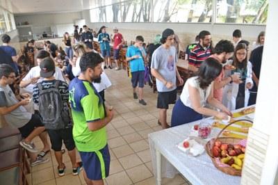 Equipe Pedagógica e alunos do Ensino Médio participam do Café ENEM