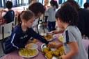 Alunos da Educação Infantil conhecem culinária indígena