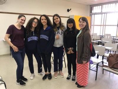 Pelo segundo ano, Colégio Metodista recebe estudantes de universidade de Nova York para realização de projeto