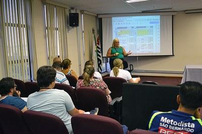 Professores participam de capacitação com assessores da SOMOS Educação